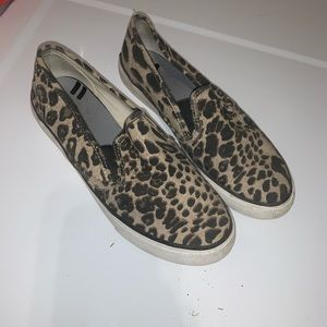 SPERRY animal print loafer shoe